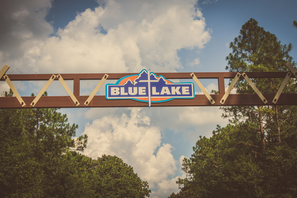 BlueLakeSign